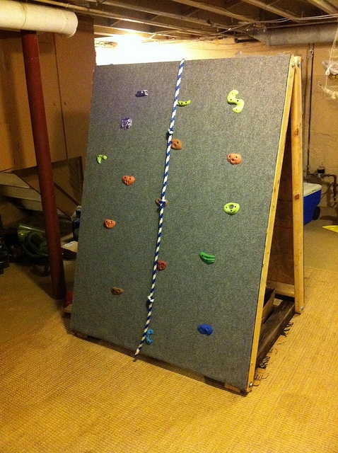 Rock Wall For Kids: 18 DIY Projects To Get Ready For SUMMER!