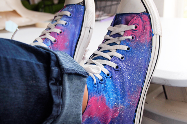 Galaxy-Painted-Converse-2-1