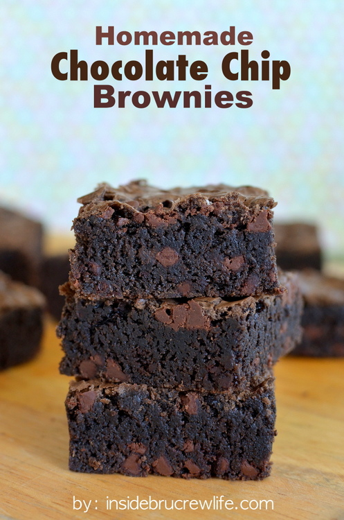 Chocolate-Chip-Brownies-title