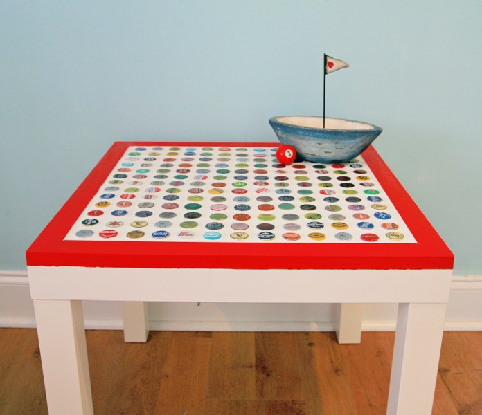 Table 696x600