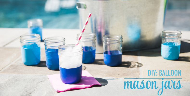 Balloon-Mason-Jars-at-a-Pool_Party