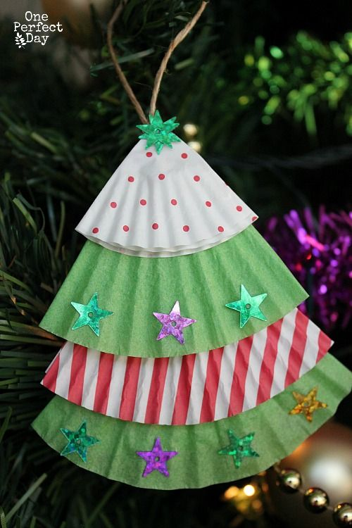 click here to check out these 20 cute christmas crafts 9 melted bead ornaments 9f56f785aaf098bcb21421b238f41baa 10 easy christmas tree ornament - Christmas Tree Decorations For Kids