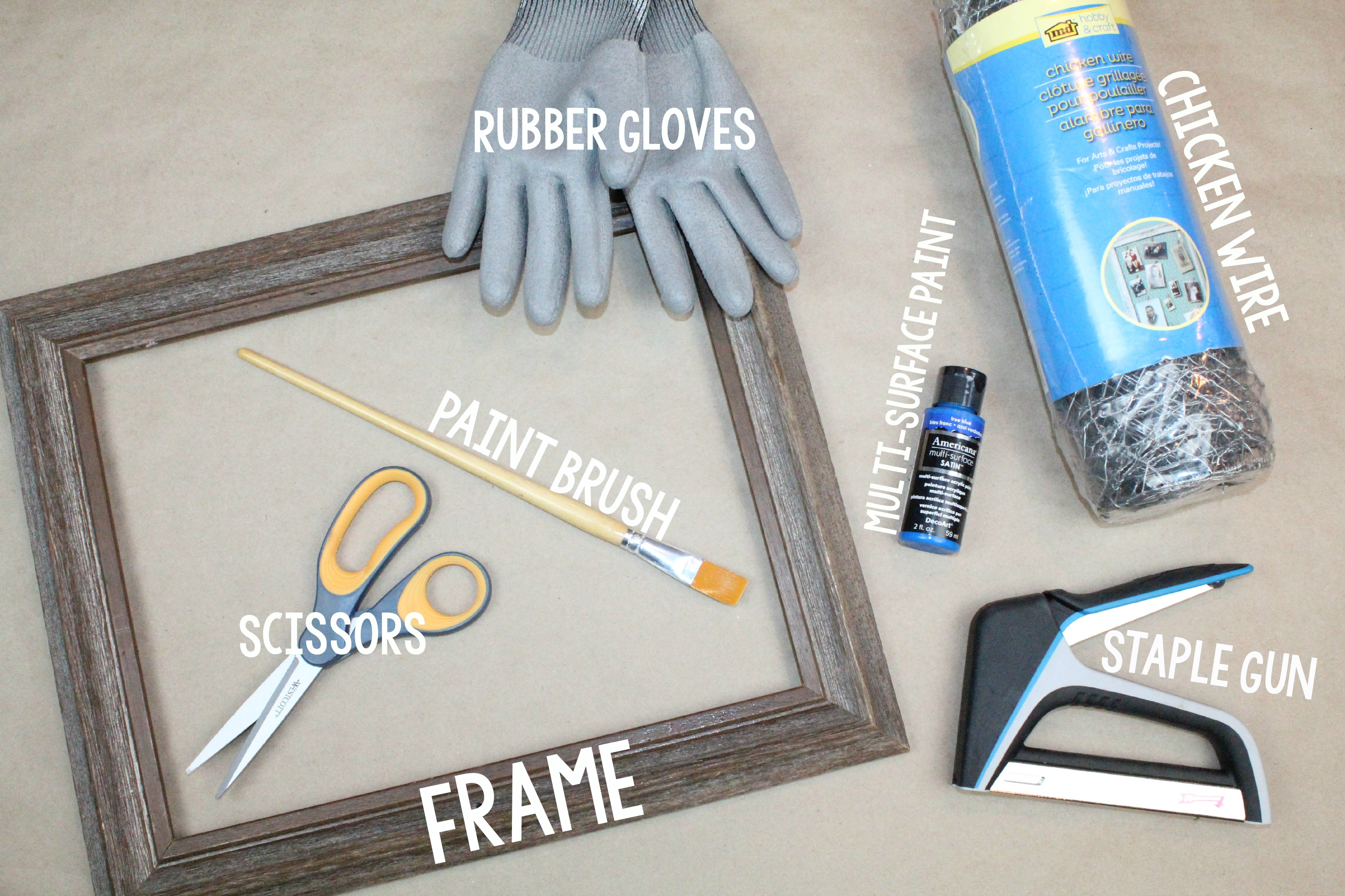 DIY Chicken Wire Memo Board - A Little Craft In Your Day