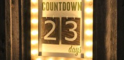 Outdoor-Christmas-Countdown-Marquee-Sign