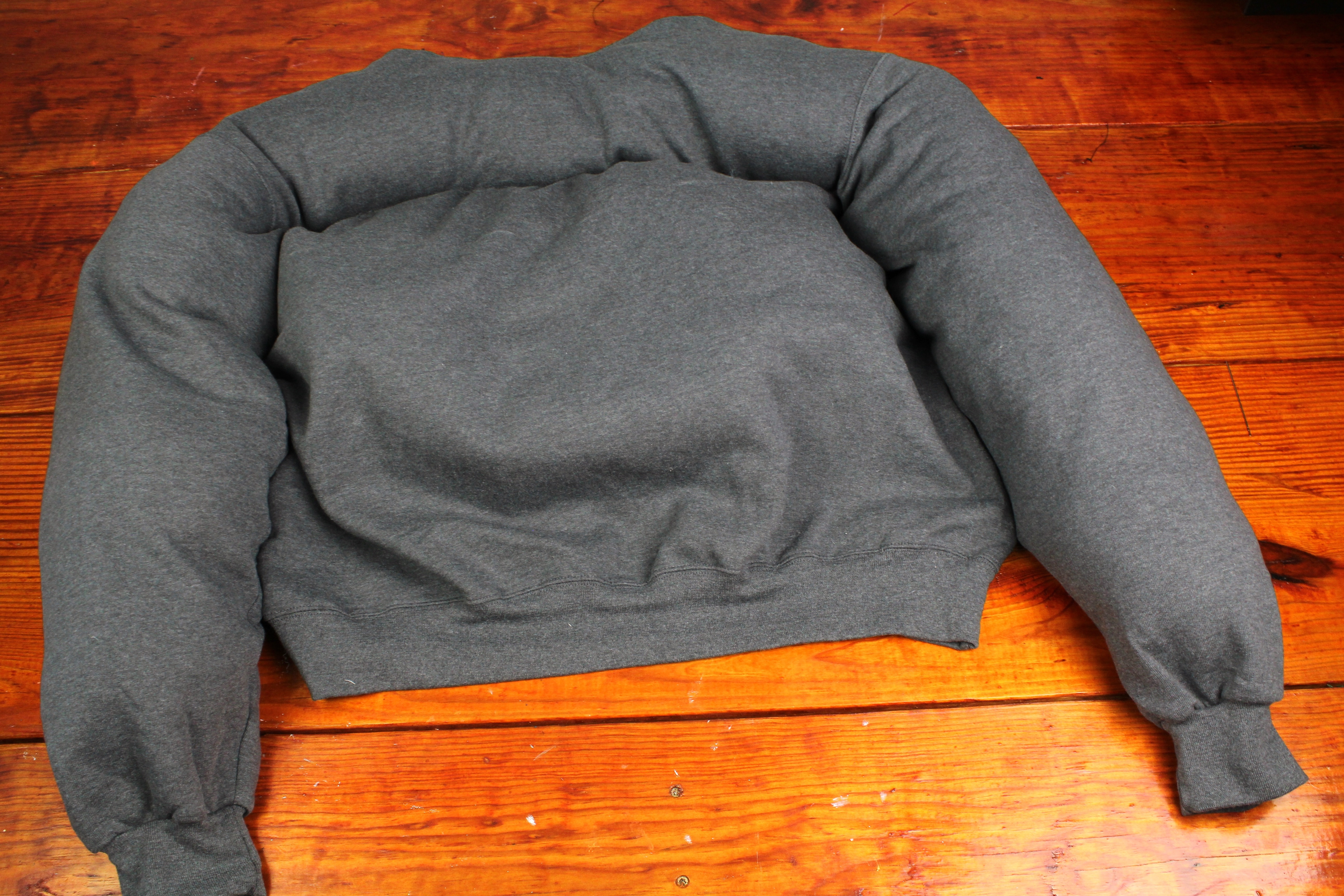 Diy Dog Bed From A Sweat Shirt Little Craft In Your Day