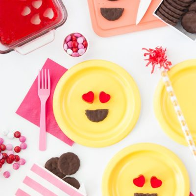 Emoji Valentine's Day Treats thumbnail