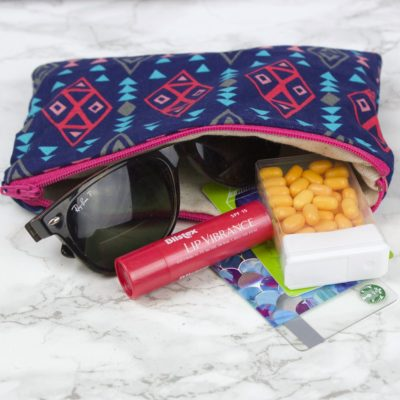 How to Sew a Zipper Pouch thumbnail