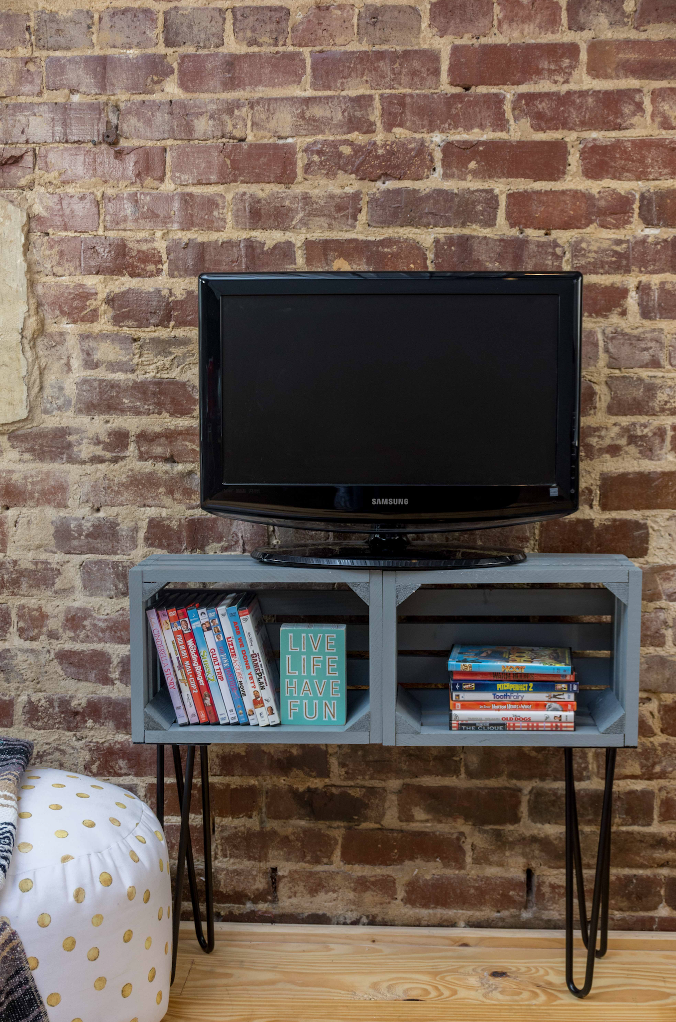 diy tv stand a little craft in your day. Black Bedroom Furniture Sets. Home Design Ideas