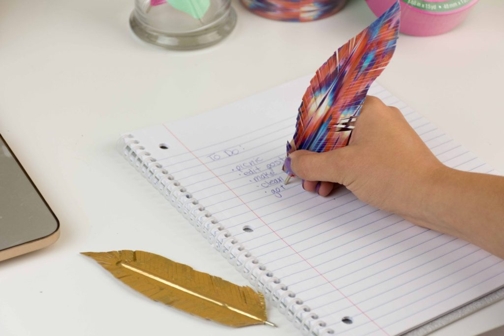 feather_pens-3