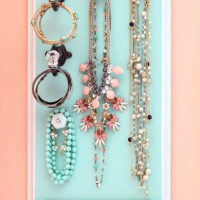36 DIY Jewelry And Makeup Organization Ideas thumbnail