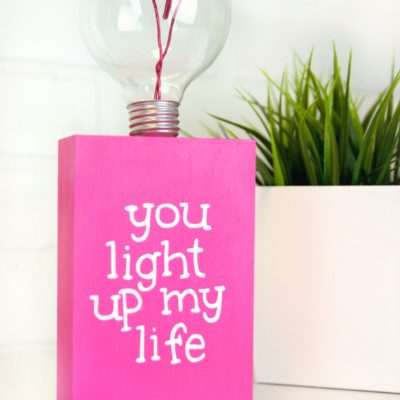 DIY Valentine's Day Lightbulb Gift thumbnail