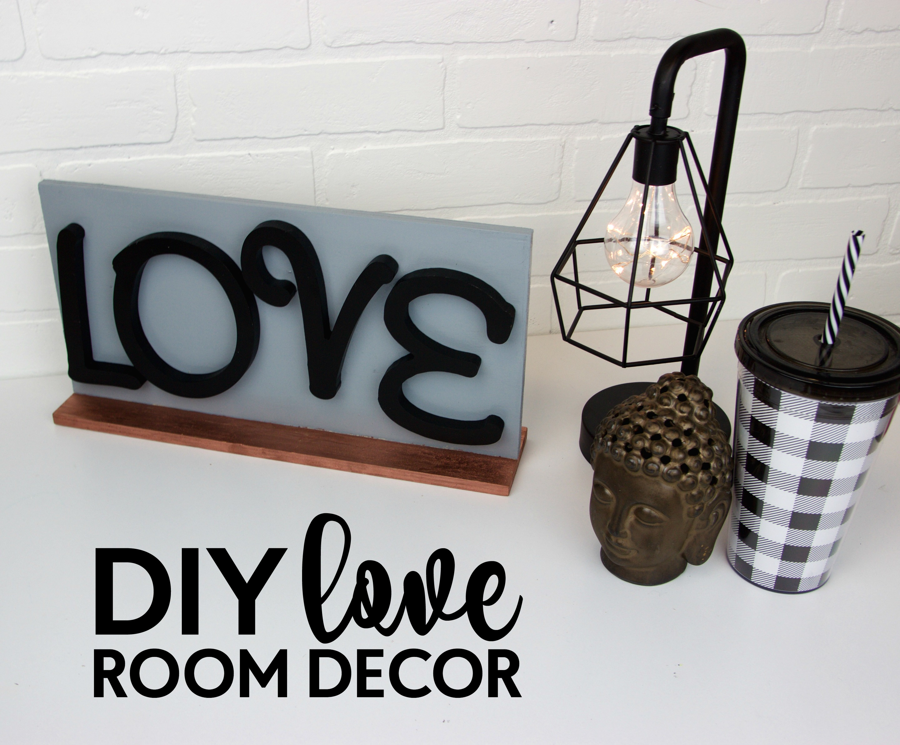 Diy love room decor a little craft in your day for Love room decor