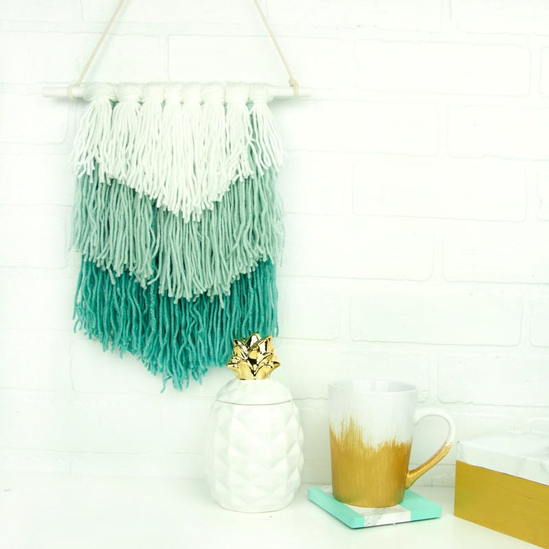 diy woven wall hanging, DIY wall hanging