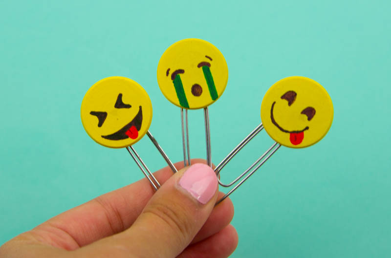 diy emoji crafts, diy emoji projects, emoji back to school crafts, emoji craft ideas, diy emoji craft ideas