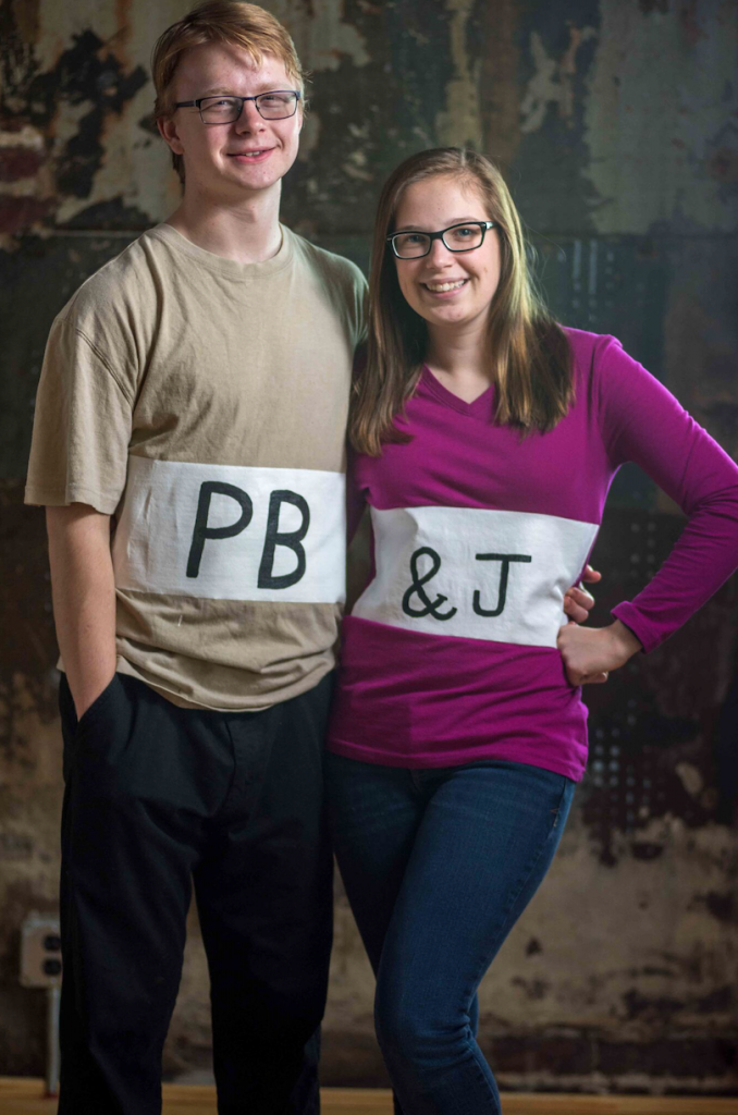 last-minute couples Halloween costume idea