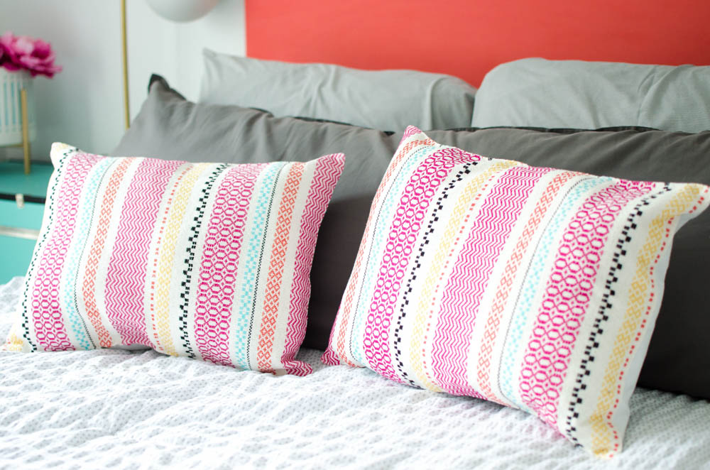 DIY Pillows from Placemats