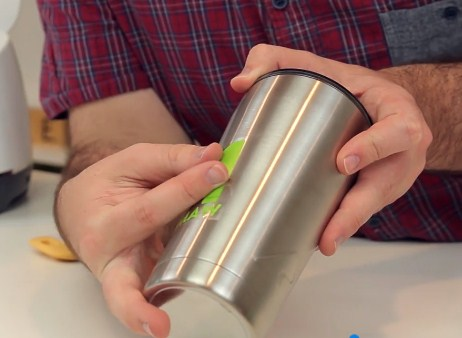 How To Apply Vinyl To Tumblers