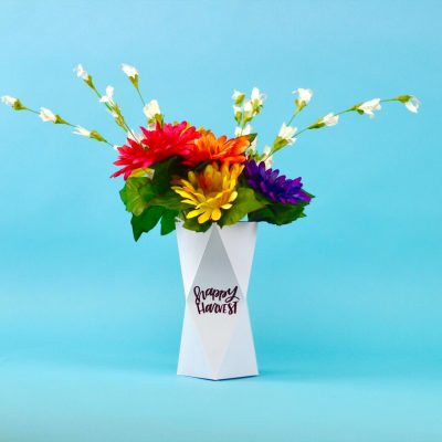 3D Paper Vase With The Cricut thumbnail