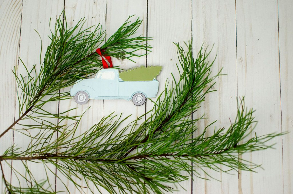 Print and Cut Truck Ornament