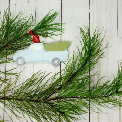 Fun DIY Christmas Ornaments With Your Cricut thumbnail