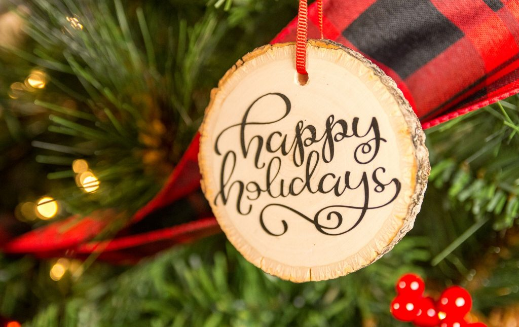 DIY Cricut Iron-On Wood Slice Ornaments