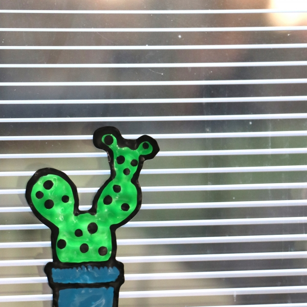 Fun and Easy DIY Window Clings With The Cricut BrightPad