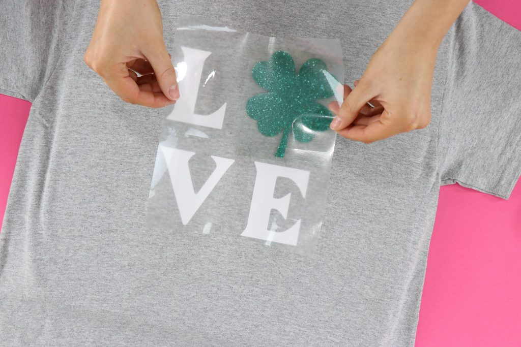 Easy St. Patrick's Day T-Shirt With Your Cricut!